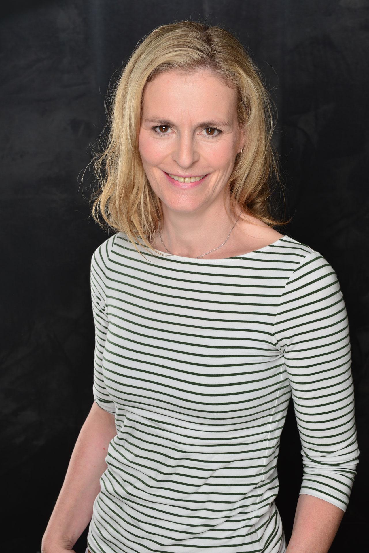 Stefanie Schlichting Physiotherapeutin Osteopathin BSc Kinderosteopathin